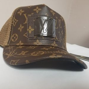 New Never Worn leather 💞Louis Vuitton Hat💞